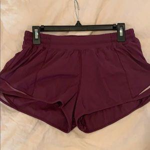 Lululemon hottie hot shorts - sz 8